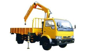 CE Approved 3.2ton Truck Mounted Crane pictures & photos