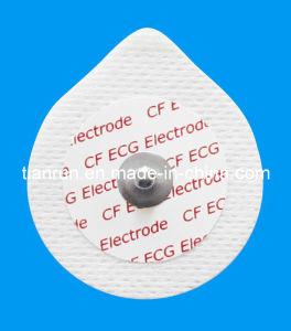 Disposable ECG Monitoring Electrode, Non-Woven Backing, 43*49mm pictures & photos