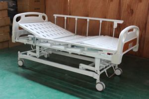 CE Certificate Electric Three Functions Medical Bed (SK-EB107) pictures & photos
