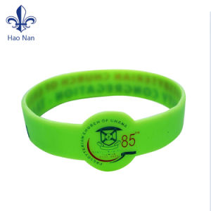 Hot Sales Custom Popular Funny Personalized Silicone Rubber Wristbands pictures & photos