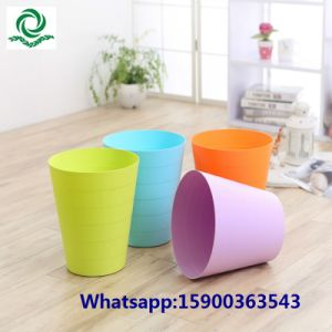 Round Plastic Bathroom Trash Can pictures & photos