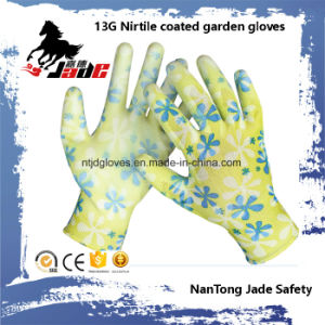 13G Nitrile Smooth Coated Garden Glove pictures & photos