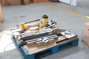 Kiet Brand Standard Hydraulic Puller Set pictures & photos