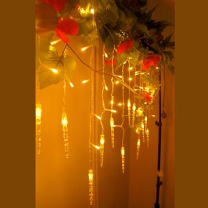 Wholesale Ce& RoHS Approved Factory Supply 6m*3m Christmas LED Icicle Curtain Light for Outdoor Party Festival Wedding Decoration pictures & photos