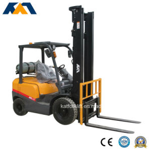 Promotional Price 3.5ton Nissan LPG Forklift, Mini Tractor for Sale pictures & photos
