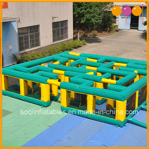 Giant Interactive Inflatable Maze Inflatable Labyrinth (AQ16133) pictures & photos
