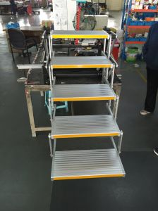 Electric 5 Step, Ladder Aluminum Folding Ladder for Bus pictures & photos
