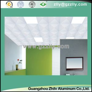 Hot Selling Perforated Spray Powder Ceiling Diagonal Triangles Punching pictures & photos