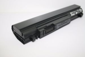 New OEM Laptop Battery 6cell Battery for DELL Studio XPS 13 1340 1340n pictures & photos