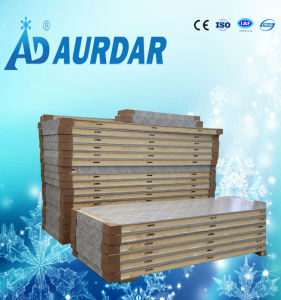 Embossed Aluminum Polyurethane /PU Sandwich Panel for Cold Storage Room pictures & photos