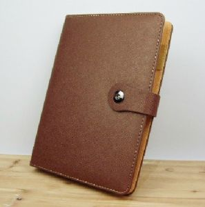 Leather Diary/ 2015 New Style Leather Diary pictures & photos