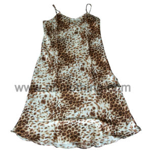 Women′s Printed Satin Night Wear