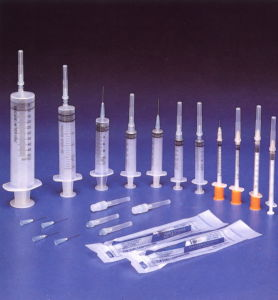 Medical Disposable Syringe with CE ISO pictures & photos