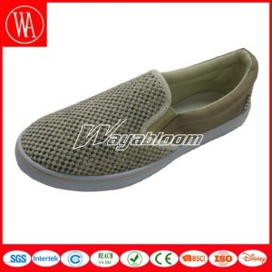 Comfort Leisure Flat Shoe Plain Canvas Casual Shoes pictures & photos