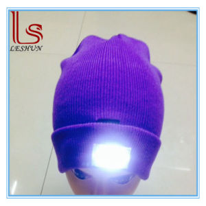 5 LED Light Glowing Knitted Warm Hats pictures & photos
