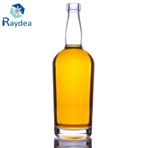 750ml Whiskey Glass Bottle in Flint Glass pictures & photos