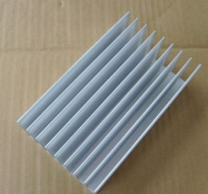 75mm Width Aluminum Profile Heat Sink 75mm*25mm*100mm Length Can Custom-Made pictures & photos