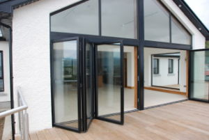 Commercial Aluminum Folding Patio Door (HT-004)