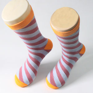 Colorful Stripe Design Man Cotton Crew Sock pictures & photos