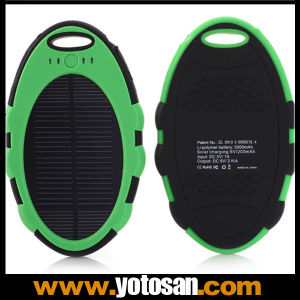 Super Hot 5000mAh Waterproof Solar Cell Phone Charger pictures & photos