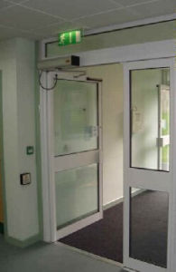 Safety Automatic Swing Door Operator (DS-S180) pictures & photos