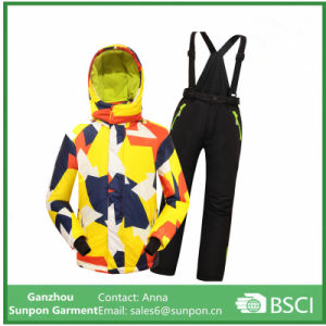 Children Ski Jacket+Pants Skiing Camping Riding Clothing pictures & photos