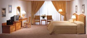 Wooden Room Furniture F1006