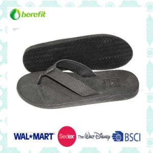 PU Upper and EVA Sole, Men′s Slippers pictures & photos