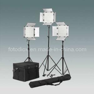 LED Studio Video Light Kit (FK-1000)