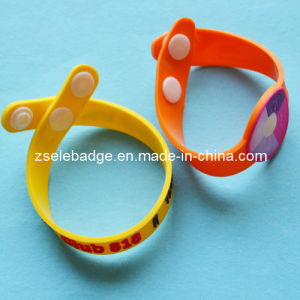 Custom Rubber Soft PVC Wristband (ele-W001) pictures & photos