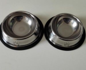 Stainless Steel Dog Bowl 15cm pictures & photos
