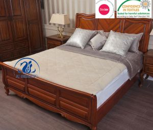 Reversible Mattress Topper 100% Wool Topper and 100% Cotton Underblanket pictures & photos