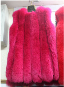 Fashion Colorful Blue Fox Fur Vest pictures & photos