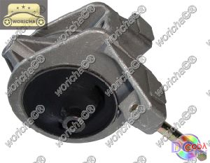 Auto Spare Part 11210-2y010 Engine Mount Used for Nissan pictures & photos