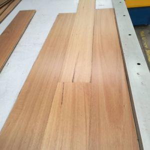 Natural Australia Blackbutt Wood Flooring/Timber Floor/Hardwood Flooring pictures & photos