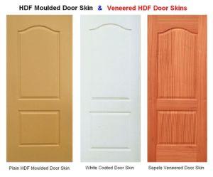 MDF Moulded Veneer Door Skin with Ash Teak Sapeli Oak pictures & photos
