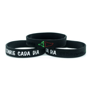 China OEM Customized Wholesale Wristband pictures & photos