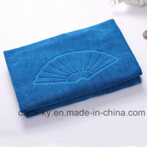 Color Coton Embossed Woven Jacquard Logo Bath Towel pictures & photos