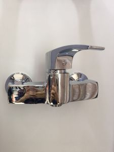 Sanitary Ware New Model Single Handle Kitchen Faucet&Mixer Jv 747030 pictures & photos