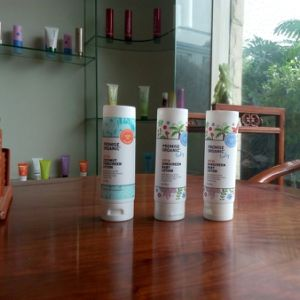 Beautiful Baby Body Lotion Cartoon Tube pictures & photos