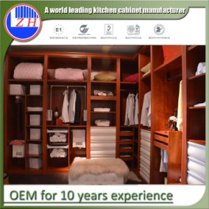 Modern Home Design Custom Wooden Furniture Bedroom Wardrobe Walk in Closet pictures & photos