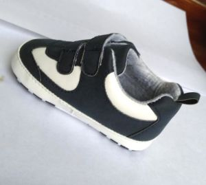 Baby Shoes Baby Sneakers 1532 pictures & photos