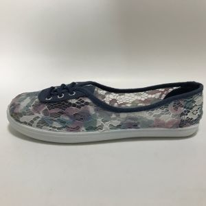 Latest Fashion on Injection Casual Canvas Shoes for Women pictures & photos