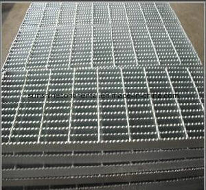 Platform Walkway Hot DIP Galvanized Steel Grating pictures & photos