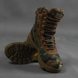 Men Men Design Tactical Gears Desert Water-Proof Military Tactical Outdoor Camping Travel Leather Strong Rubber Sole Boot pictures & photos