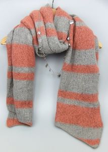 The Newest Design High Fashion Acrylic Knitted Lady Winter Scarf