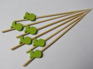 Hot-Sell Eco Bamboo Food Skewer/Stick/Pick (BC-BS1024) pictures & photos