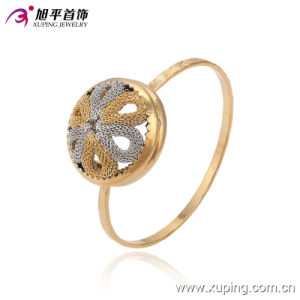 Fashion Simple Multicolor No Stone Imitation Jewelry Bangle for Women in Copper Alloy 51366 pictures & photos