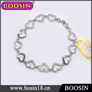Elegant Female Metal Heart Chain Cuff Bracelet #3965 pictures & photos