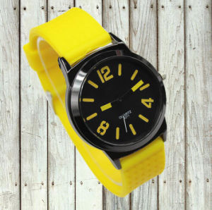 Hot Selling Silicone Wrist Watch pictures & photos
